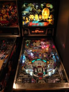 star_trek_the_next_generation_pinball_machine_2-small