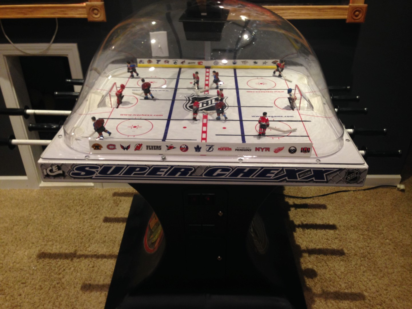bubble_hockey_picture_5 Large bubble hockey buying guide game room info carrom bubble hockey wiring diagram at bakdesigns.co
