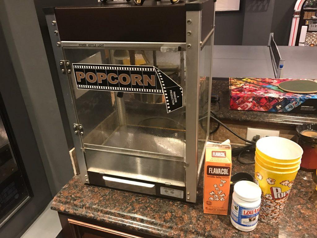 Paragon Cineplex Bronze Popcorn Machine