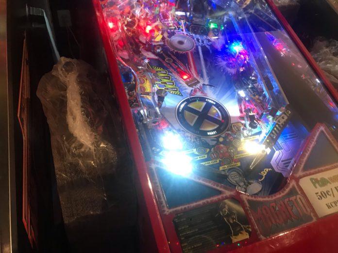 Pinball Club Machine