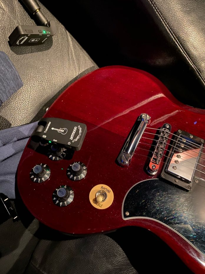 Rocksmith Wireless Guitar Adapter On Gibson SG